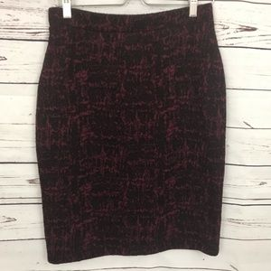 Liz Claiborne Red and Black Stretchy Skirt Size M